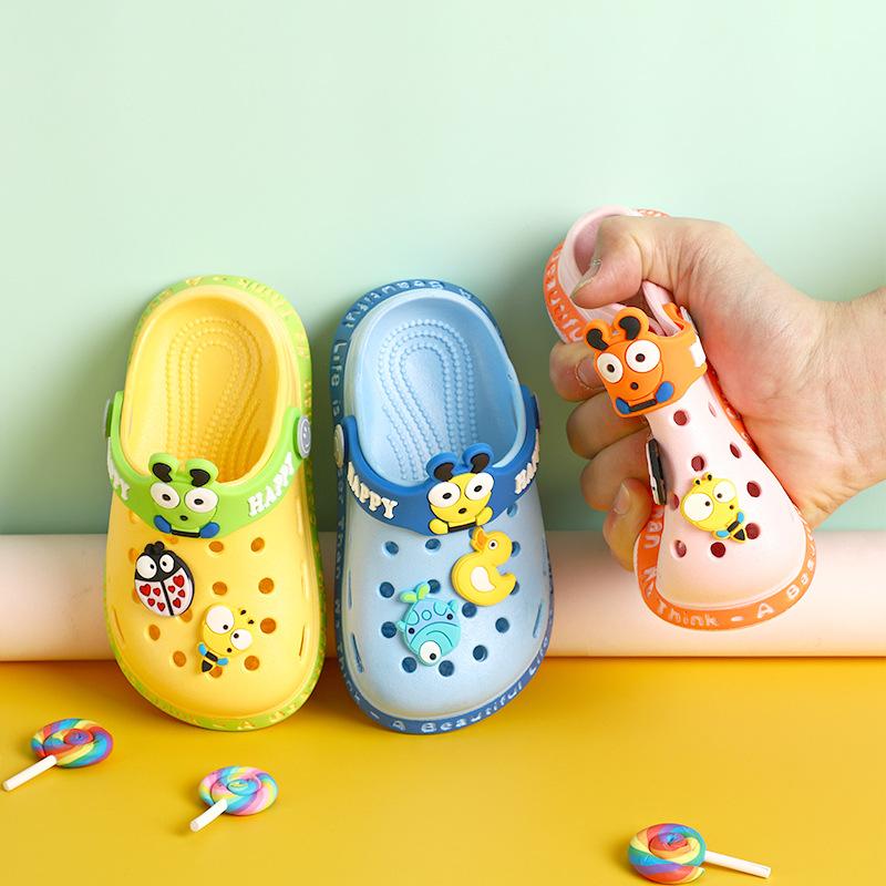 dép crocs cho bé 2 tuổi
